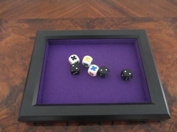 82 gewinnspiel alea iacta est knopfspiele. Black Bedroom Furniture Sets. Home Design Ideas